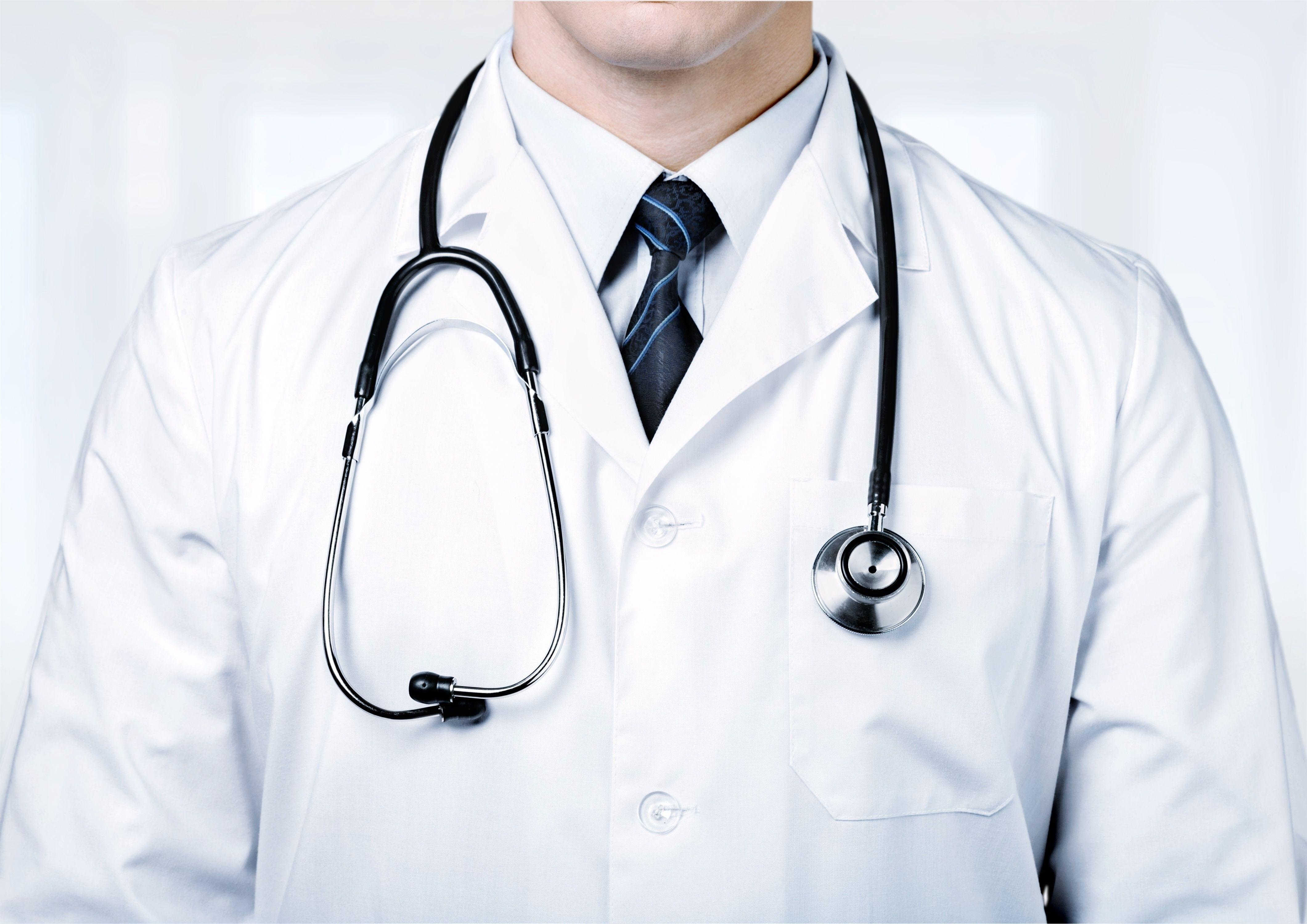 medical student white coat